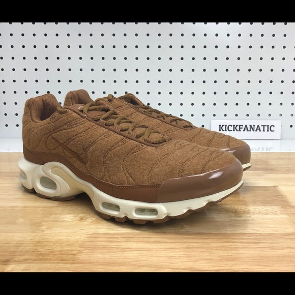 uk availability a7796 10d74 Nike Air Max Plus Tn Quilted Ale Brown Sail NWT